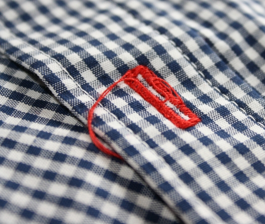 Statement buttonhole
