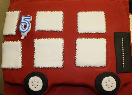 bus cake